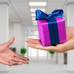 Cadoul perfect pentru un barbat il gasesti la Gift Express
